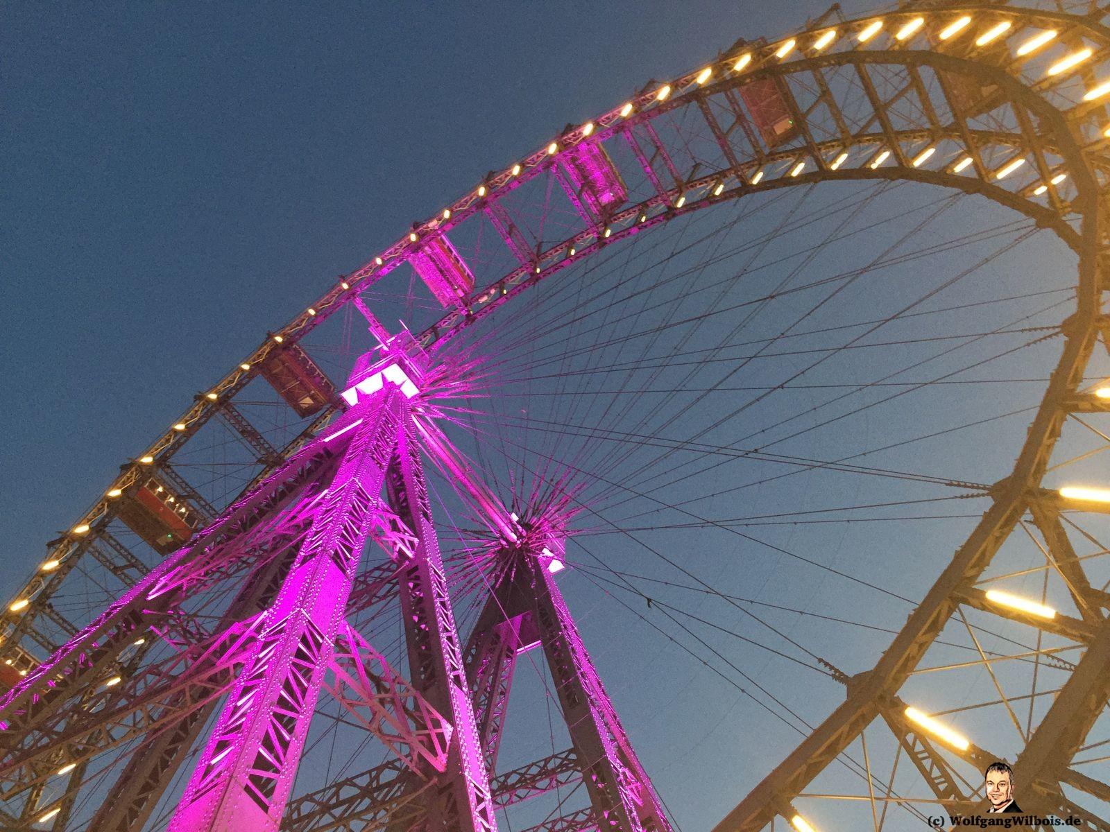 Wien Riesenrad Nacht beleuchtet