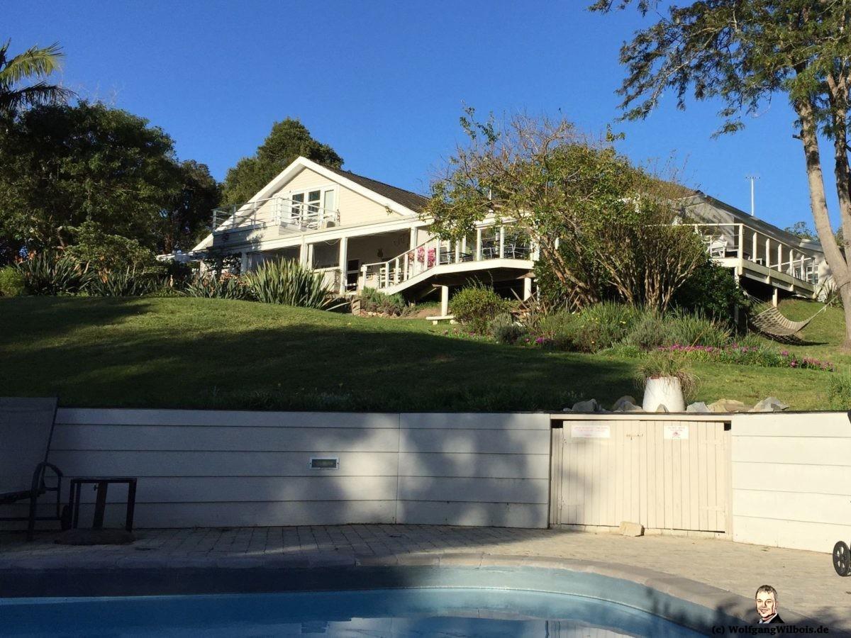 Stannards Guest Lodge Knyzna Garten mit Pool