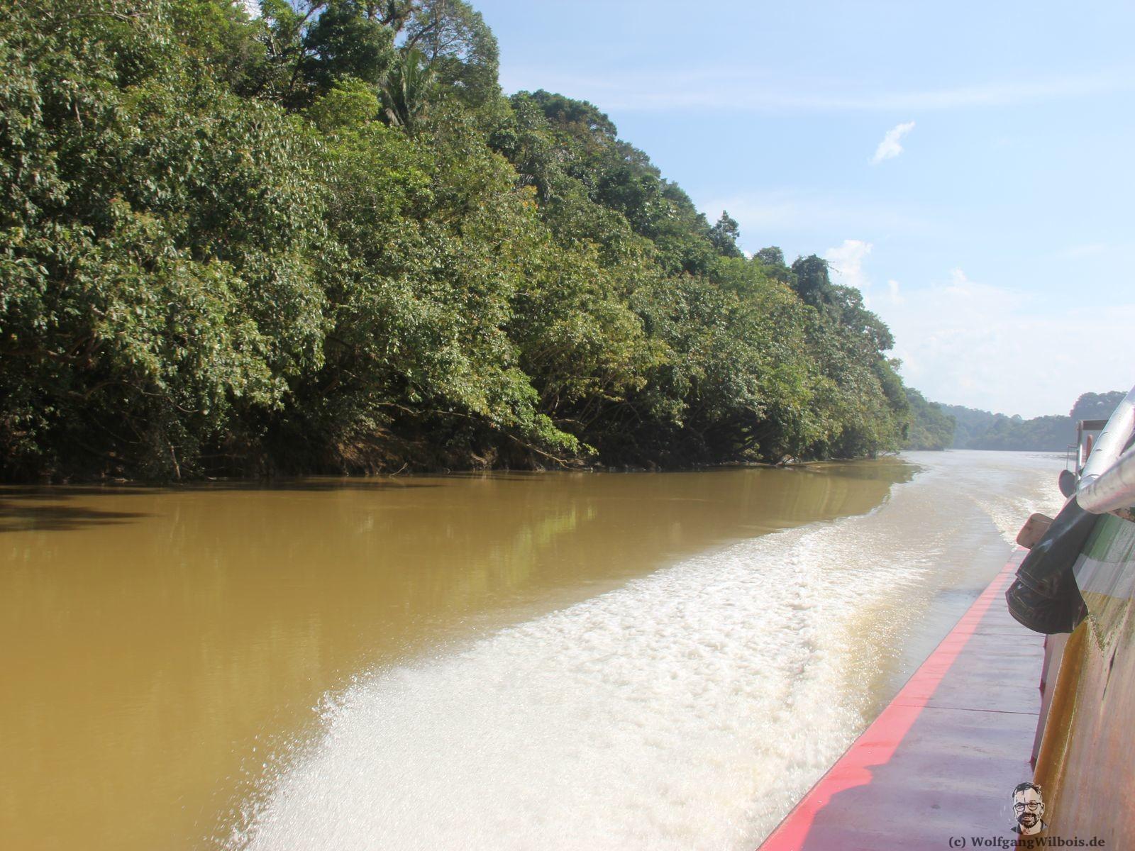 Borneo Tag 6 am Ufer bei Belaga