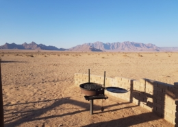 Namibia Tag 02 Desert Camp Grill