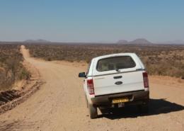 Namibia Tag 02 schotterpiste
